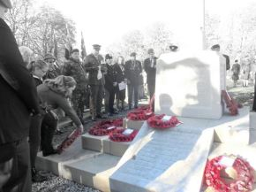 Poppy Day Wreath stolen from cenotaph