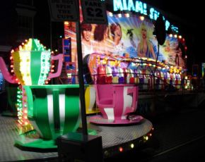 Hedon Christmas Lights Update – Fairground at the back of Queen's Pub