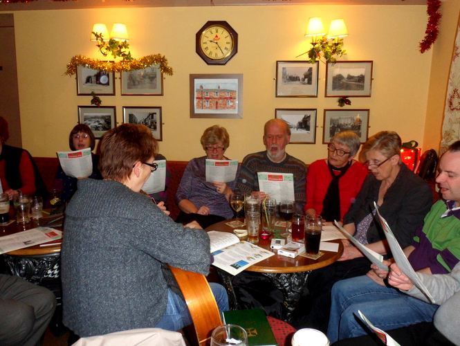Hedon pub Carol Singers
