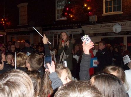 Jaimie-Leigh and fans