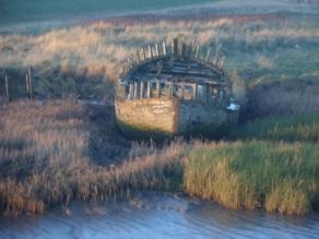 Saltend boat