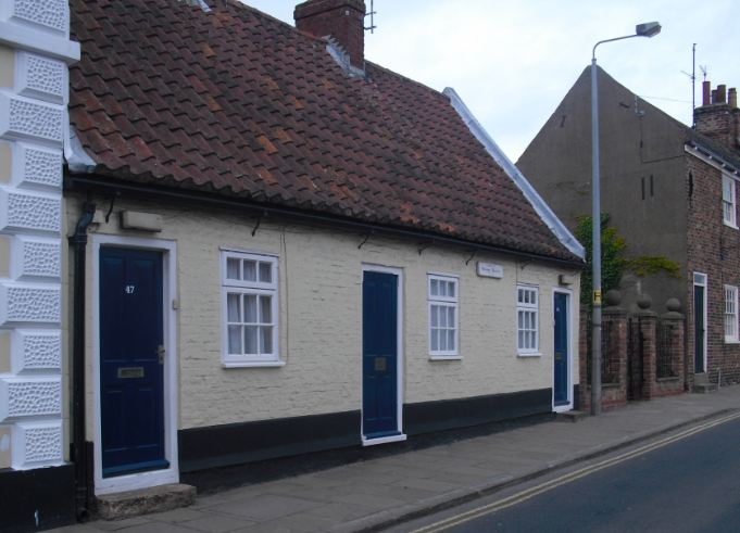 Painter Cottages built 1562 - some of Hedon's oldest surviving buildings. Unusual in that they are single storey.