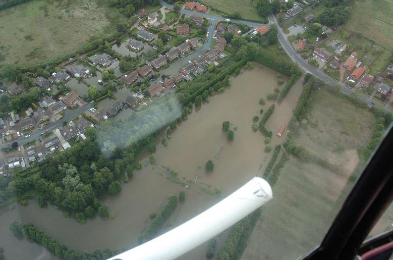 Flooding Maple Park Hedon 2007 - Nigel Feetham