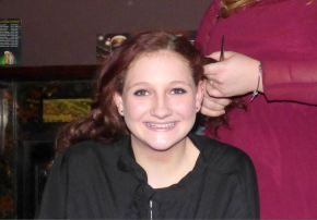Courage as teenager loses her hair for charity