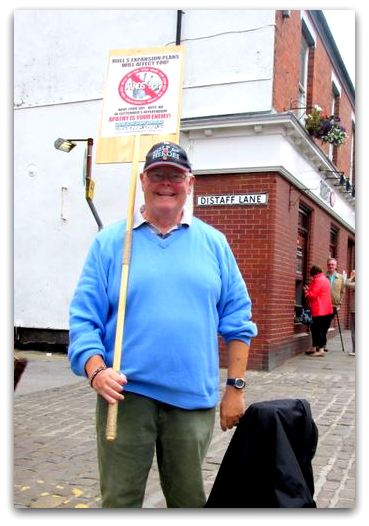 Dave Young one man protest portrait