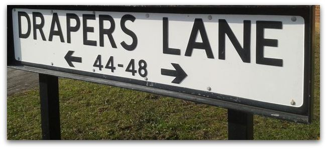 Draper's Lane sign no apostrophe