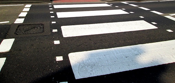 Zebra crossing near Baxtergate-001