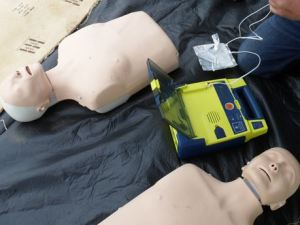 defibrillator demonstration