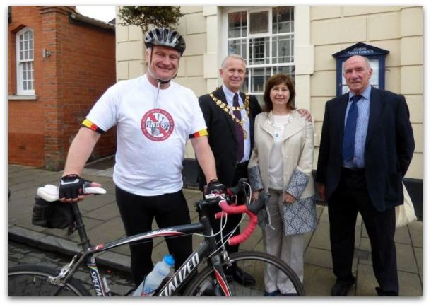 Cycling MP Graham Stuart with Hedon Mayor and Mayoress Cllr. John Dennis and Mrs Jennifer Dennis and Cllr. Mike Bryan
