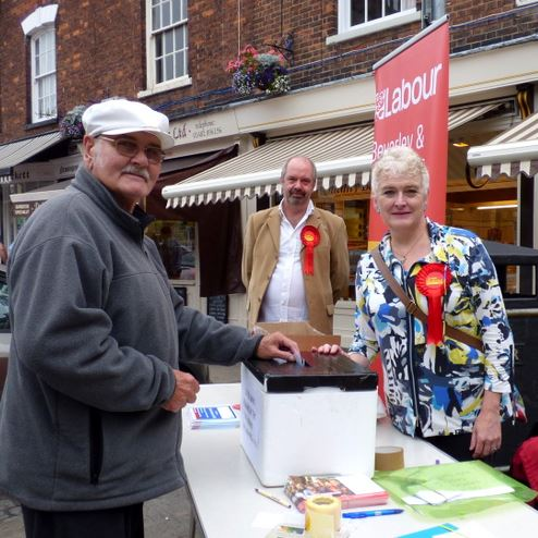 Street ballot:  Mr Derek Gillett from Hedon casts his secret ballot. Pictured with Labour's Steve Gallant and General Election candidate Margaret Pinder.