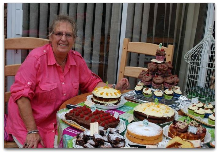Hilary MacDonald and cakes