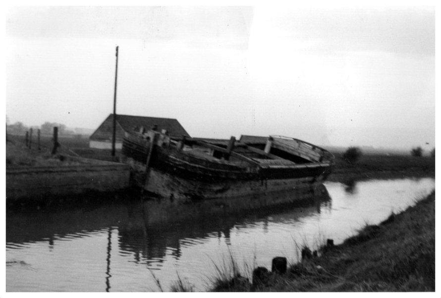 Barge Hedon Haven
