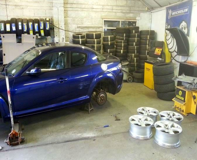 Paul's Bodyshop and tyres