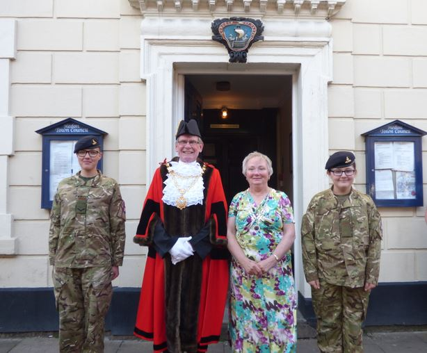 Mayor Mayoress and Cadets