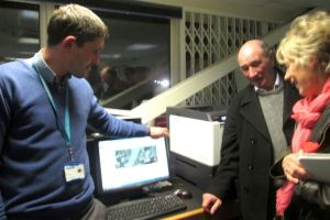 Tom Bellringer from Yorkshire Water demonstrates the odour watch software to Councillors Mike Bryan and Barbara Mendham