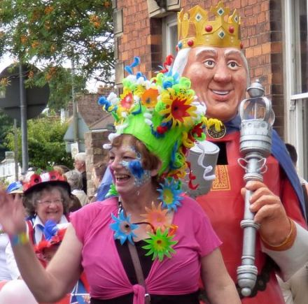 Carnival King and Queen!?)