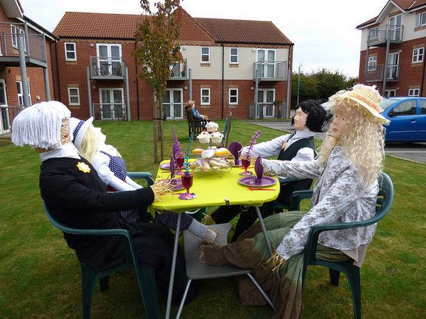 Scarecrow tea party
