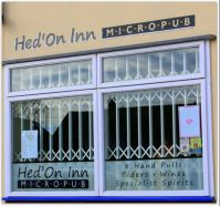 Hed'On Inn window