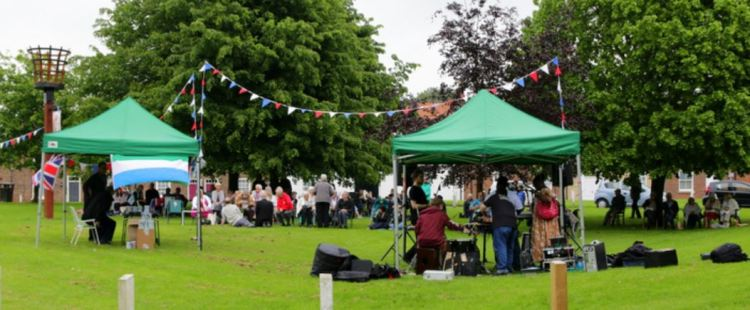 Market Hill Methodist Royal Picnic wide 1