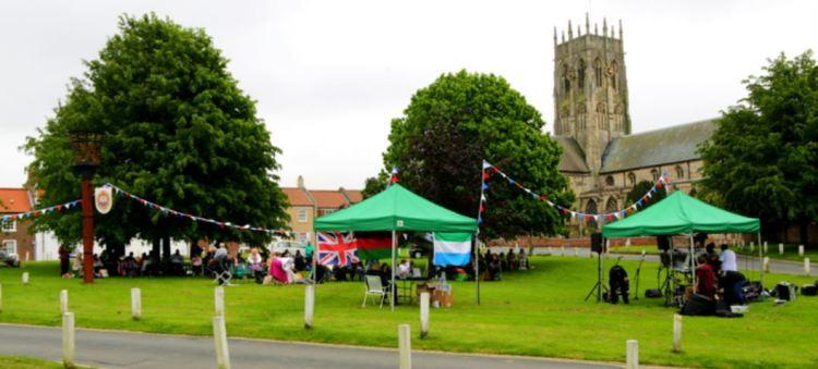 Market Hill Methodist Royal Picnic wide
