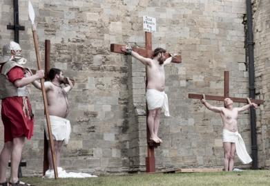 Crucifixion scene 3 crosses
